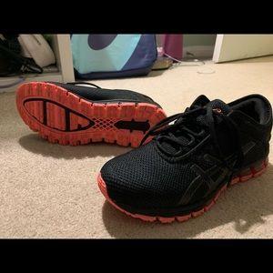 Asics quantum 180 running sneakers